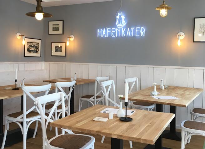 Restauranteröffnung Hafenkater auf der Insel Hiddensee